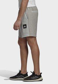 adidas Performance - MUST HAVES STADIUM SHORTS - Sports shorts - grey - 2