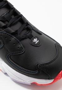 adidas Originals - 2000 - Sneakersy niskie - clear black/grey six/purple tint - 2