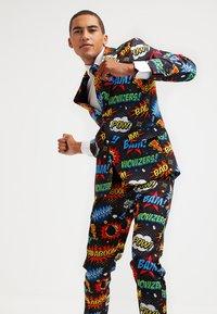 OppoSuits - BADABOOM - Suit - multicolor - 3