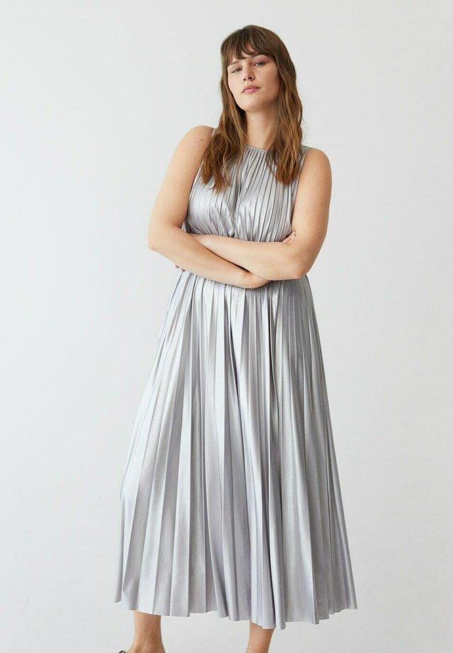 Maxi šaty - helllila/pastelllila