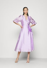 Gina Tricot - MILLY WRAP DRESS - Juhlamekko - light purple - 1