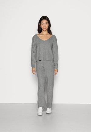 SET V NECK AND PANT - Jumper - mottled grey