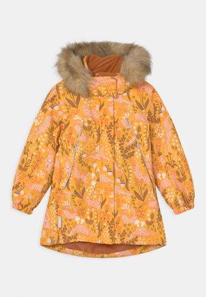 WINTER MUHVI - Winterjas - orange yellow