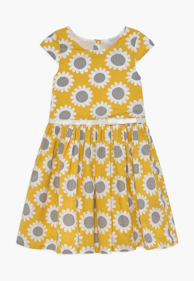 Sukienka koszulowa - senf