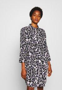 Monki - Shirt dress - white dusty light/crayon/lilac - 0