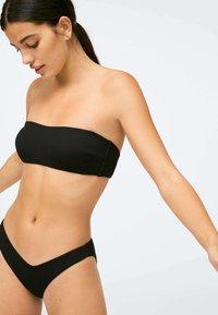 OYSHO - RIBBED - Bikini top - black - 4