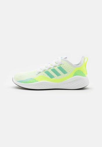 FLUIDFLOW 2.0 - Treningssko - footwear white/hazy sky/hi-res yellow