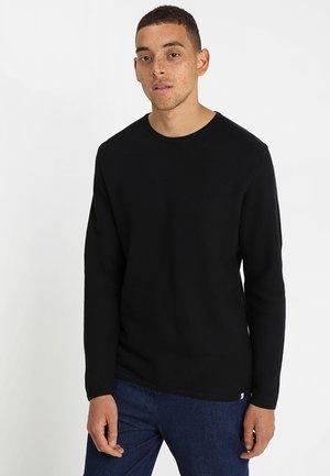 REISWOOD - Stickad tröja - black