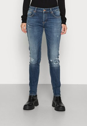 MIKA  - Relaxed fit jeans - miso wash