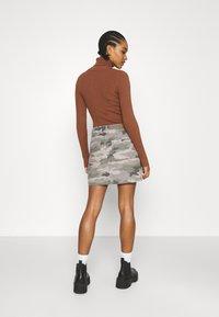 American Eagle - ALINE SKIRT - Mini skirt - olive - 2