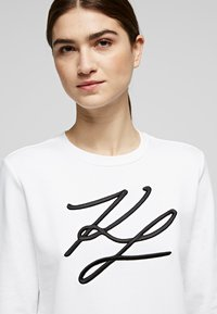 KARL LAGERFELD - Sweatshirt - white - 4
