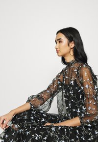 EDITED - NORINA DRESS - Maxi dress - mischfarben - 4