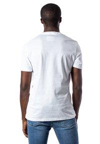 Pyrex - T-shirt con stampa - white - 1