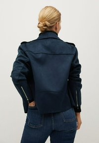 Violeta by Mango - SEUL8 - Faux leather jacket - bleu marine - 2