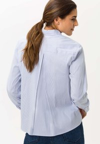 BRAX - STYLE VENERA - Button-down blouse - aquamarine - 2