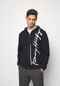 Tommy Hilfiger - SIGNATURE HOODED ZIP THROUGH - Mikina na zip - blue - 0