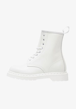 1460 MONO BOOT - Nauhalliset nilkkurit - white