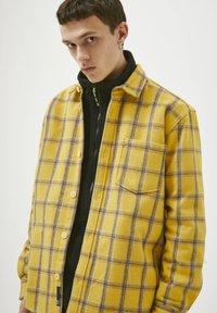 PULL&BEAR - Shirt - yellow - 3