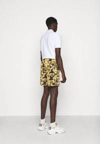 Versace Jeans Couture - CAMEO ALLOVER  - Shorts - black - 2
