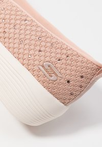 Skechers - ARYA - Baleríny - rose metallic/offwhite/rose gold - 2