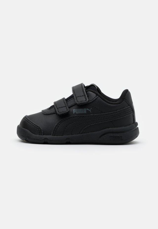 STEPFLEEX 2 UNISEX - Sportschoenen - black