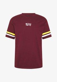 VOLCANO TEE - Print T-shirt - burgundy