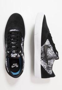 Nike SB - CHRON SLR PRM UNISEX - Sneakers laag - black/white - 1