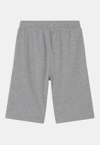Re-Gen - TEEN BOYS  - Shorts - grey melange - 1
