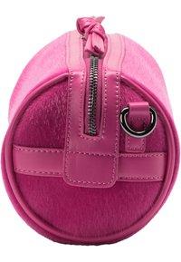 IZIA - Across body bag - pink - 2