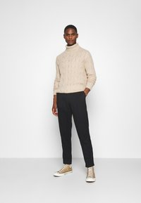 Pier One - Strickpullover - off-white - 1
