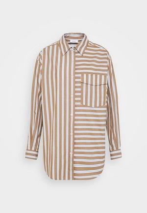BLOUSE LONGSLEEVE FLAP POCKET - Button-down blouse - multi/milky coffee