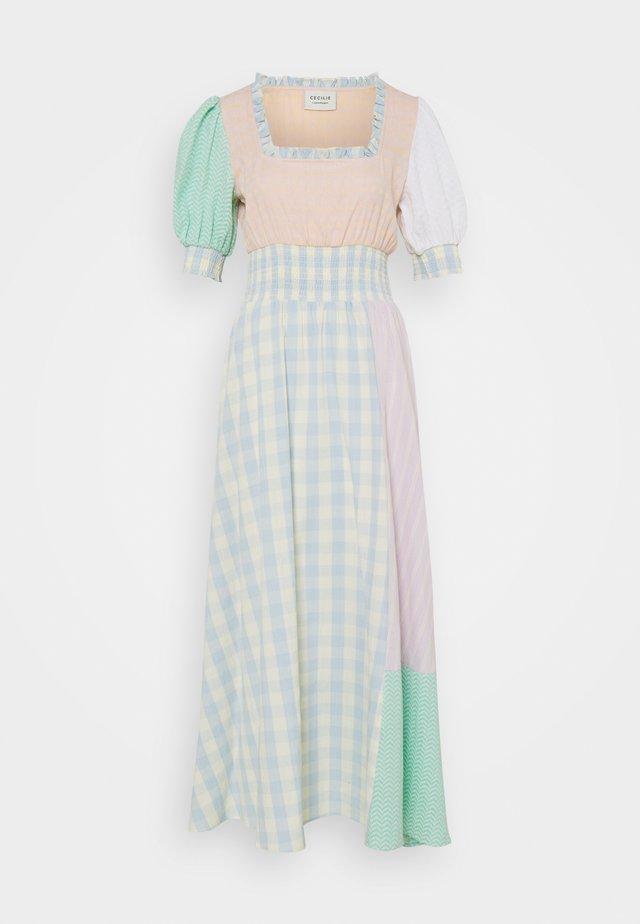 GIA LONG DRESS - Korte jurk - lavender fog
