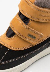 Primigi - Winter boots - senape/nero - 5
