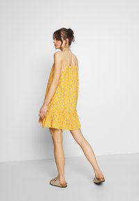 Superdry - DAISY BEACH DRESS - Day dress - yellow floral - 2