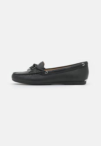 SUTTON - Moccasins - black