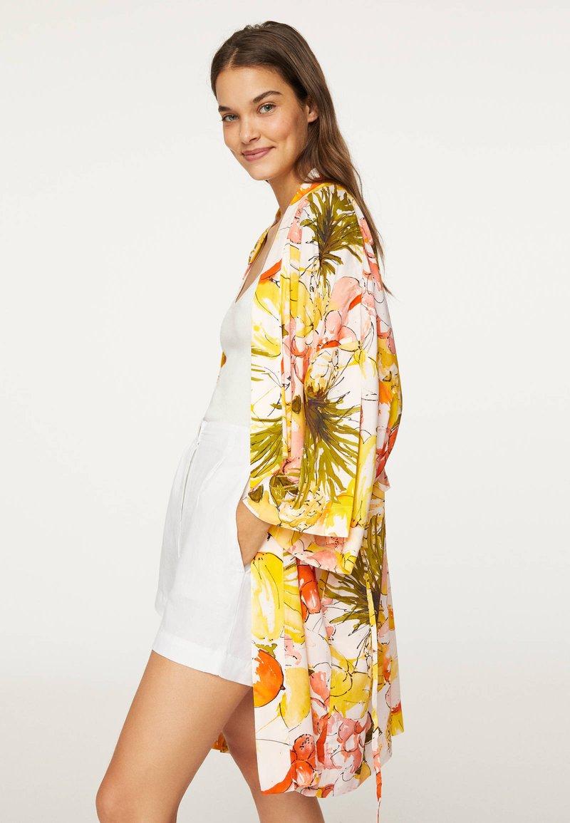 OYSHO - Fleece jacket - yellow