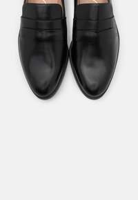 Unisa - BARBER - Slippers - black - 5