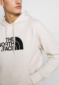 The North Face - MENS LIGHT DREW PEAK HOODIE - Hoodie - vintage white/black - 4