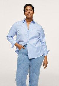 Mango - Button-down blouse - hemelsblauw - 0