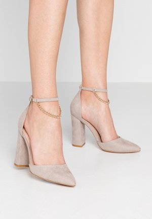 Høye hæler - grey