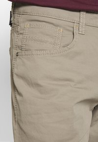 camel active - HOUSTON - Trousers - taupe - 3