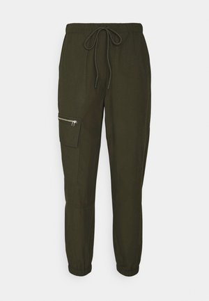 CARGO TRACK PANTS - Cargo trousers - green