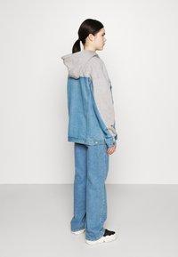 adidas Originals - JACKET - Veste en jean - medium grey heather - 2