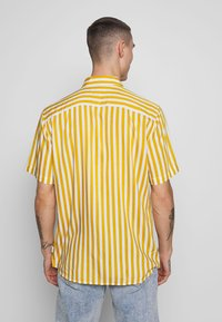 Only & Sons - ONSWAYNE LIFE - Shirt - golden spice - 2