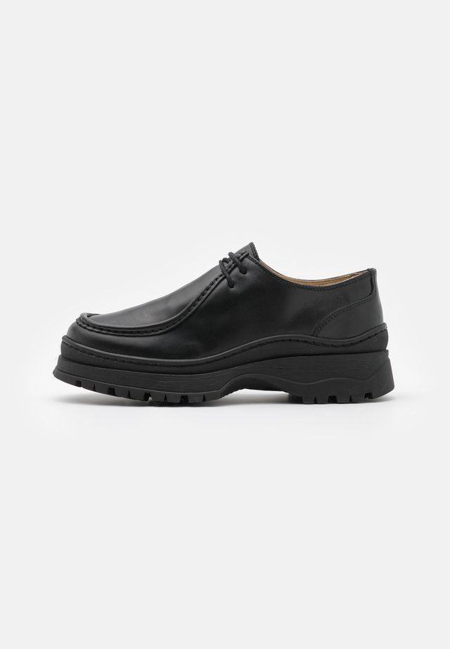 SHOES - Derbies - black