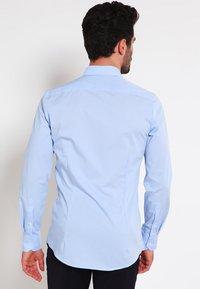 OLYMP - OLYMP NO.6 SUPER SLIM FIT - Formal shirt - hellblau - 2