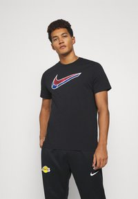 Nike Performance - MASH TEE - T-shirt med print - black - 0