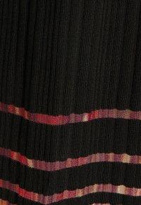 Desigual - VEST MISURI - Maxi dress - black - 2