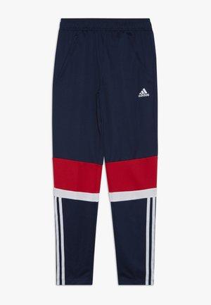 Teplákové kalhoty - conavy/vivred/white
