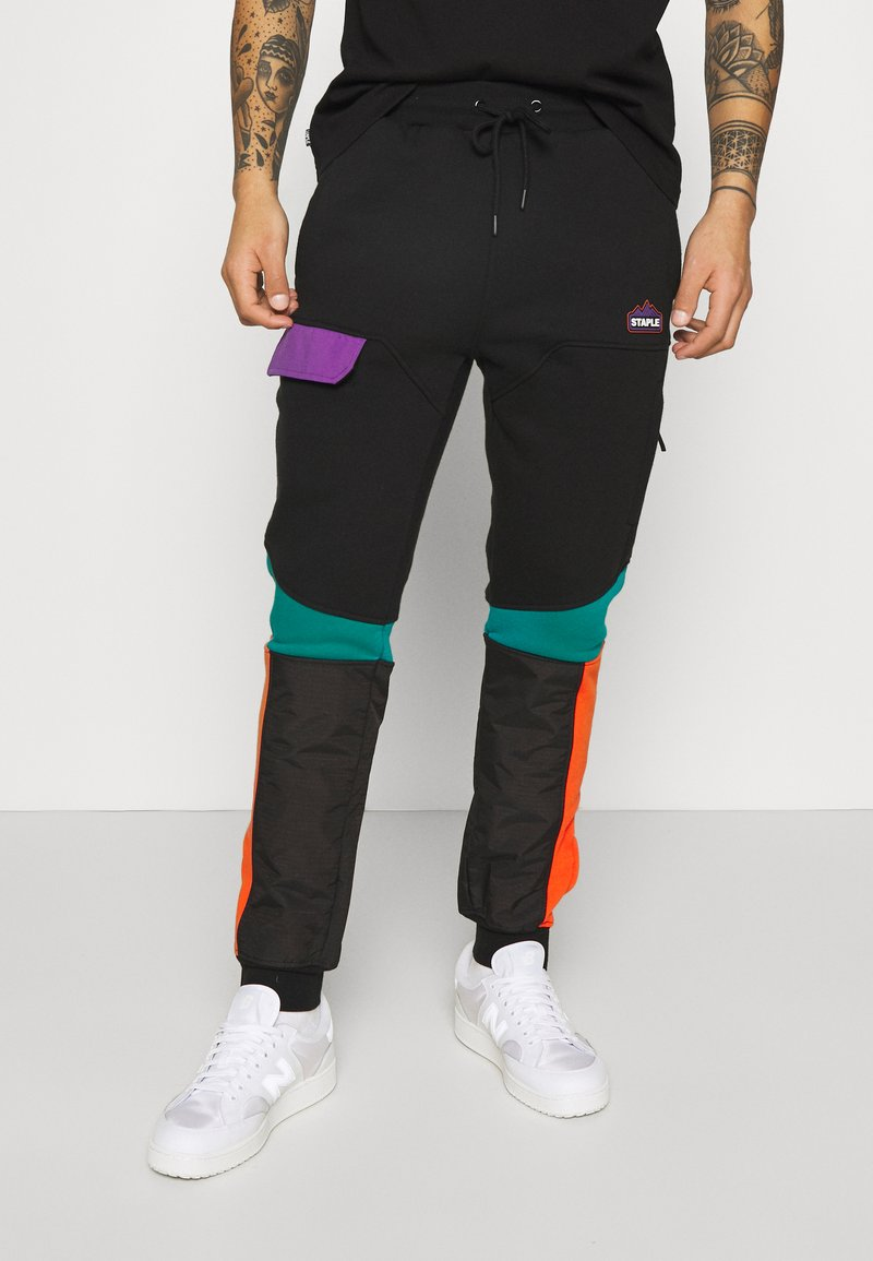 STAPLE PIGEON - OUTDOOR TECH PANT - Cargo trousers - black